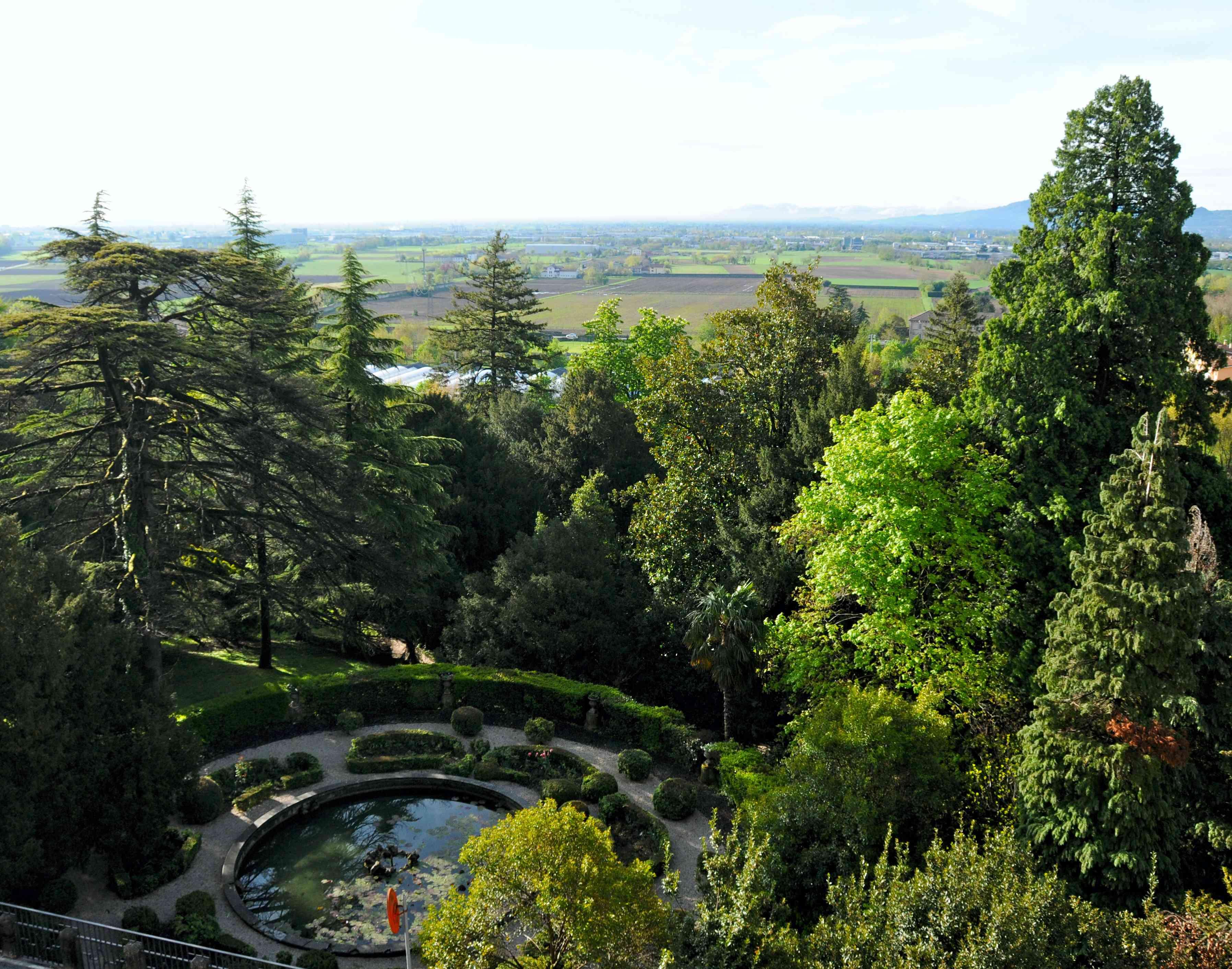 Villa Rossi Vista nel parco dalla  camera da letto di Alessandro Rossi